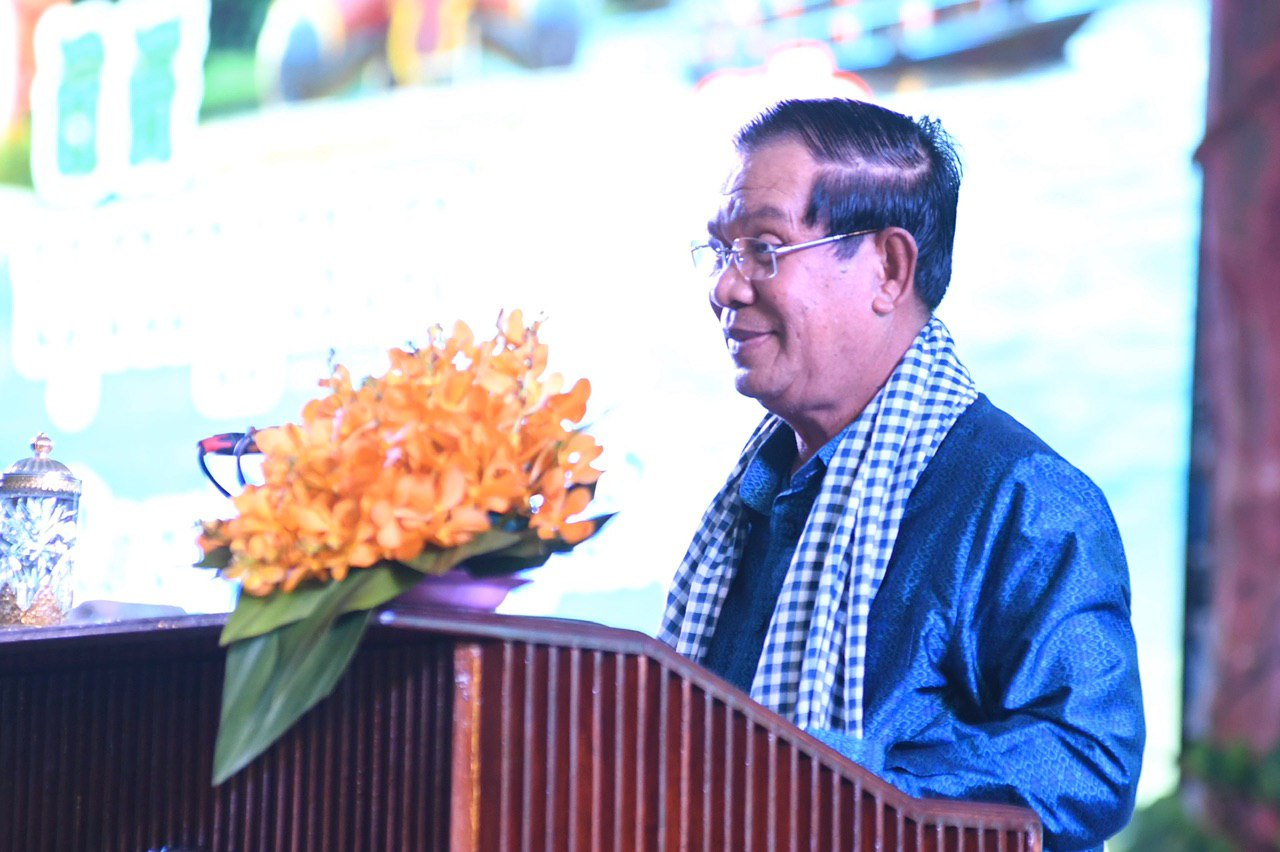 PM Hun Sen appeals again to people to remain calm