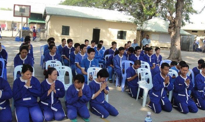 Ministry Considers Prison Pardons