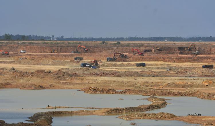 Tamouk Lake Residents in Development Crossfire
