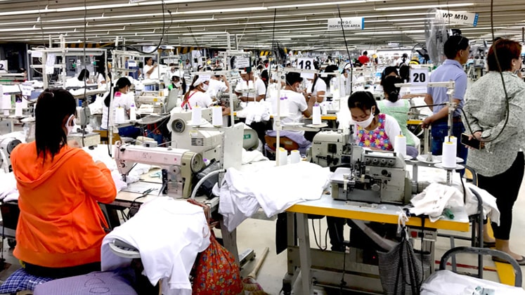 Cambodia's Garment Manufacturers Urge Buyers to Honor Purchasing Contracts