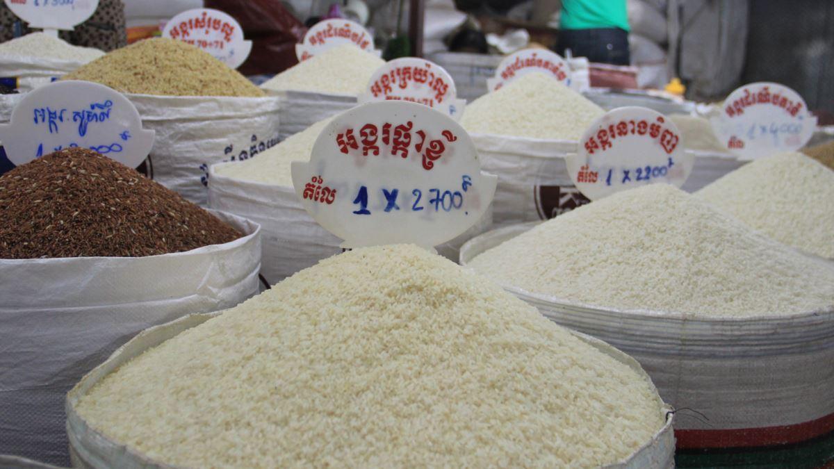 PM Hun Sen gives nod for white rice exports resumption