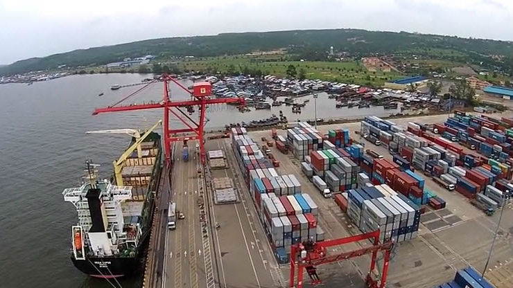 Trade with Japan sees increase of nearly 5%