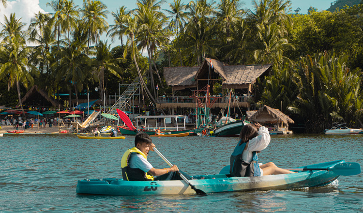 50,000 domestic tourists counted in first weekend of September