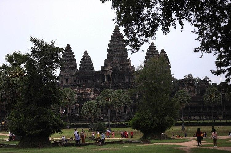 Angkor Resort Receive Almost 400,000 Tourists In First Eight Months