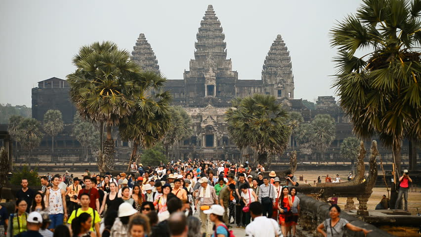 International tourists to Angkor Wat expected to rebound from 2021 if COVID-19 vaccines available