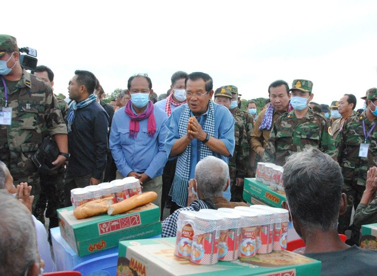 Cambodian PM Suggests All Forces To Know How To Swim