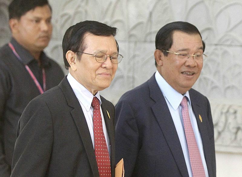 PM Thanks Kem Sokha For His Donation