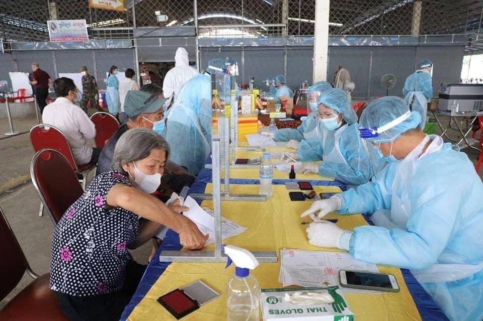 Cambodia's Vaccination Coverage Reaches Nearly 70 Percent