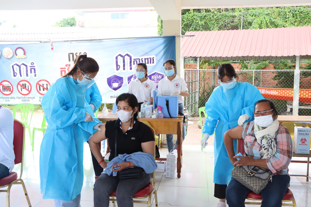 Cambodia To Offer Booster Shots to General Public from October 11